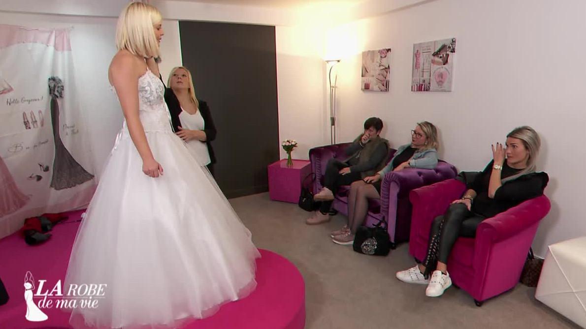 mariage ne datant pas EP 11 RAW rencontres un fantôme Sims 3