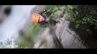 À l'état sauvage : Adriana Karembeu chute dans le vide !