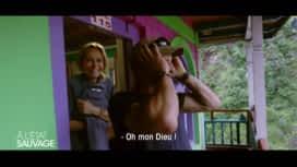 À l'état sauvage : Mike Horn entrevoit les seins d'Adriana Karembeu