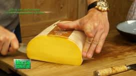Martin Bonheur : Gâteau salé au Passendale caractère champignons et lardons