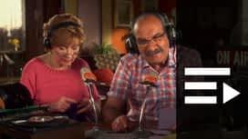 Scènes de ménages : Radio Moustache