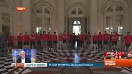 Les Diables Rouges: le retour : Arrivée des Diables au château de Laeken