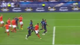 Ligue des Nations : Tête de Kylian Mbappé ! (25') (1-0)