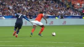 Ligue des Nations : Griezmann arrache le short de Wijnaldum (56')