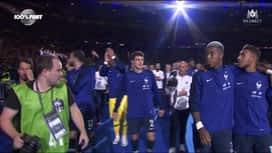 Equipe de France : La chanson de Benjamin Pavard reprise en coeur avec le public au Stade de France