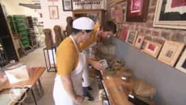 La meilleure boulangerie de France : La boulangerie-épicerie-galerie d'art de Cécile à Croix !
