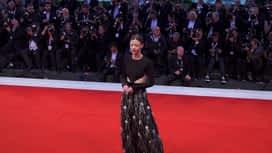 Celebrity scoop : Elisabeth Olsen