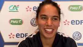 Football - Équipe de France féminine : Interview d'Amel Majri avant le choc France / Brésil