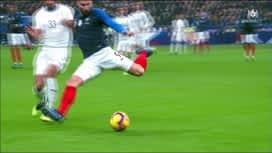 Equipe de France : Première occasion pour Olivier Giroud (3') (0-0)