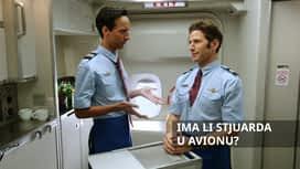 Ima li stjuarda u avionu? en replay