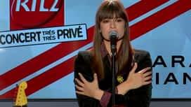 """Le son Pop-Rock : Clara Luciani """"Les fleurs"""" en Concert Très Très Privé RTL2"""