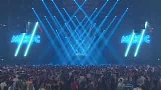 Mico C sur la scène du Fun Radio Ibiza Experience 2019