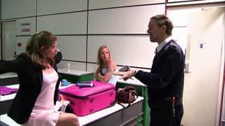 CUSTOMS : douanes sous haute tension : Les premières images de Customs : douanes sous haute tension !