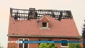 RTL INFO 13H : Beloeil : la foudre provoque un début d'incendie dans une maison