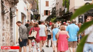 Bons plans et arnaques : les secrets pour réussir ses vacances