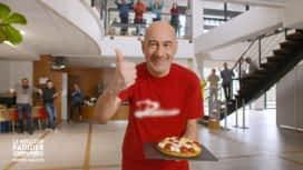 Le meilleur pâtissier : Mohammed, l'animateur multimédia toujours à fond !