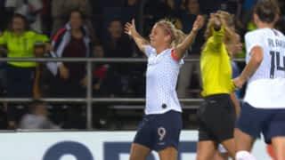 France - Islande (16') : but d'Eugénie Le Sommer