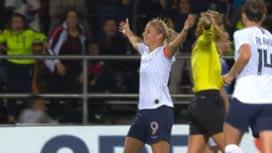 Football - Équipe de France féminine : France - Islande (16') : but d'Eugénie Le Sommer