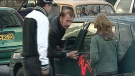 Les embrouilles de François : Tag sur voitures