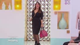 Les reines du shopping : Schérazade défile pour être chic pour une soirée casino