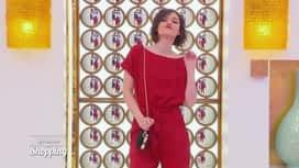 Les reines du shopping : Siana défile pour être chic pour une soirée casino