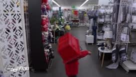 Les mamans : Djulyan fait le fou dans le magasin !