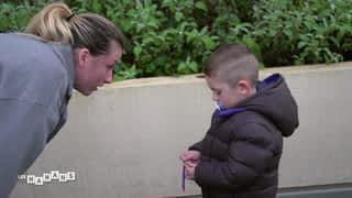 Livio teste les limites de sa maman