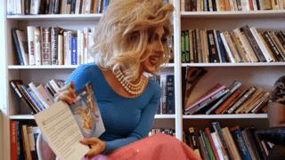 S1E3 : Les drag queens se la racontent