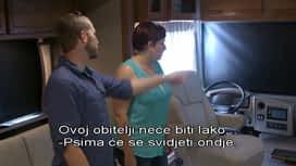 Život u prikolici : Epizoda 12 / Sezona 1