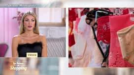 Les reines du shopping : Spéciale mannequins - Osez une pièce de lingerie dans votre tenue 4/5