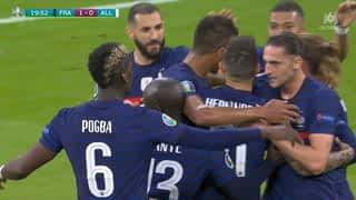 Les Bleus ouvrent le score (21')
