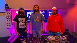 Busy P (Pedro Winter) mixe lors d'un Party Fun spécial Ed Banger