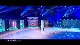 """La grande soirée du Télévie : Duo : Julien Doré & Sheila : """" Love """" de Nat King Cole"""