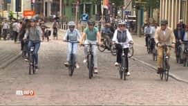 RTL INFO 19H : Journée sans voiture: la famille royale a fait une balade à vélo à ...