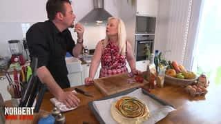 Brigitte et sa ratatouille frite / Taylor et son gratin à la russe