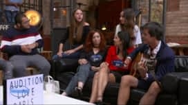 Nouvelle Star : Les candidats chantent « Feeling Good » en coulisses